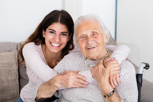 How to Help an Isolated Caregiver Friend in Lincoln, NE