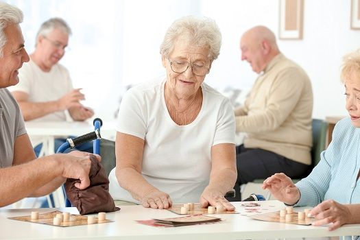5 Fun Games Your Aging Loved One Can Play While Sitting