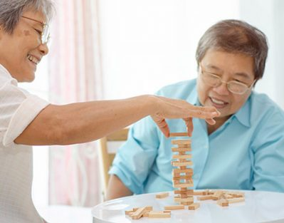How to Plan Enjoyable Activities for Seniors with Dementia in Lincoln, CA