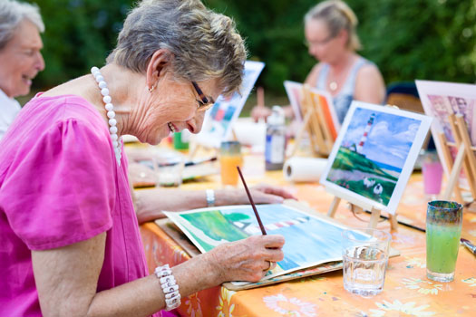 How to Keep Older Adults with Alzheimer's Occupied in Lincoln CA