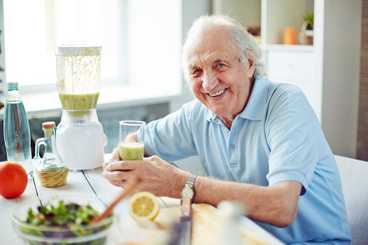 Creative Tips to Keep Seniors Hydrated in Lincoln, CA