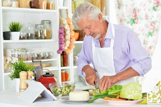Tips for Aging Adults to Lower Cholesterol Levels in Lincoln, CA